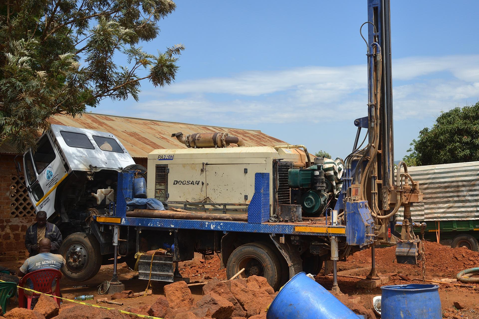 Drilling rig on the construction site